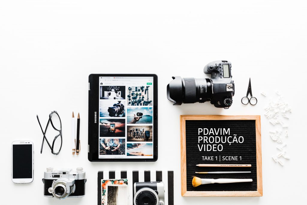 video marketing - brooke lark cqOZcjOOmRw unsplash 1 1024x683 - Video marketing , porquê usar na sua estratégia