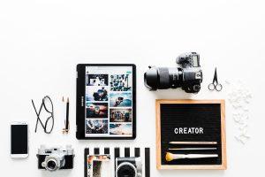 7 Razões porque conteúdo video é essencial para a sua estratégia de marketing brooke lark cqOZcjOOmRw unsplash 300x200