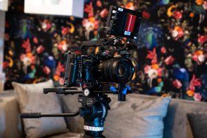 7 Razões porque conteúdo video é essencial para a sua estratégia de marketing demian ignatjuk pIIaJXBsQuQ unsplash 300x200